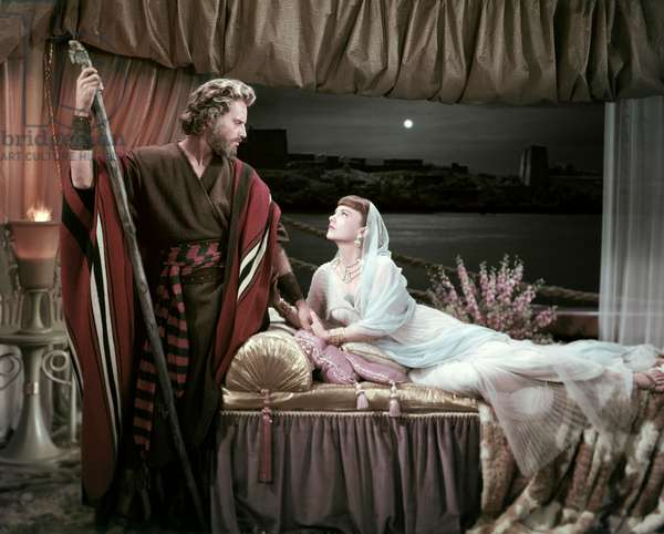 Charlton Heston And Anne Baxter, The Ten Commandments 1956 Directed By Cecil B. Demille