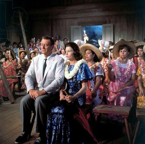 Donovan's Reef - La taverne de l'irlandais 1963 directed by John Ford (photo); Paramount Pictures; John Wayne; Elizabeth Allen