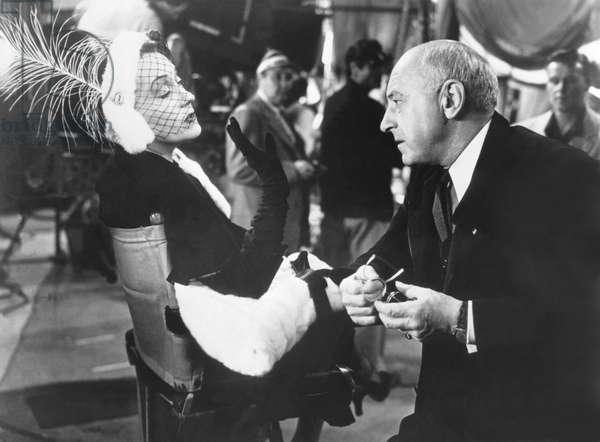 Gloria Swanson And Cecil B. Demille