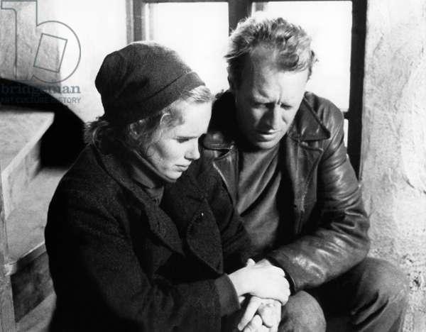 La Honte THE SHAME (SKAMMEN) de IngmarBergman avec Liv Ullmann et Max von Sydow, 1968