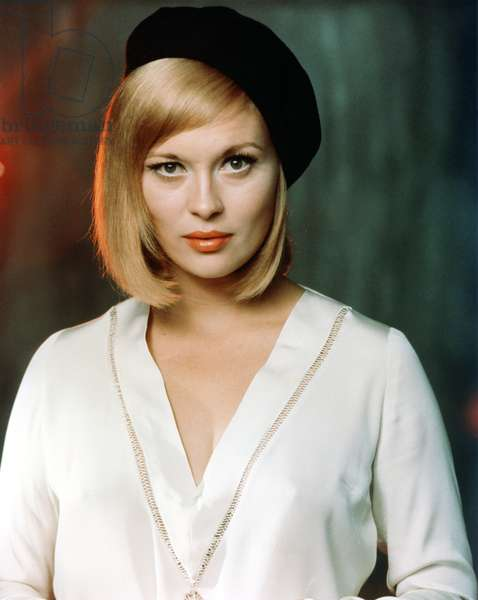 Faye Dunaway , Bonnie And Clyde 1967 Directed By Arthur Penn
