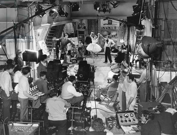 On The Set, Ann Miller (Center) And Frank Capra In The Chair, You Can'T Take It With You 1938 Directed By Frank Capra