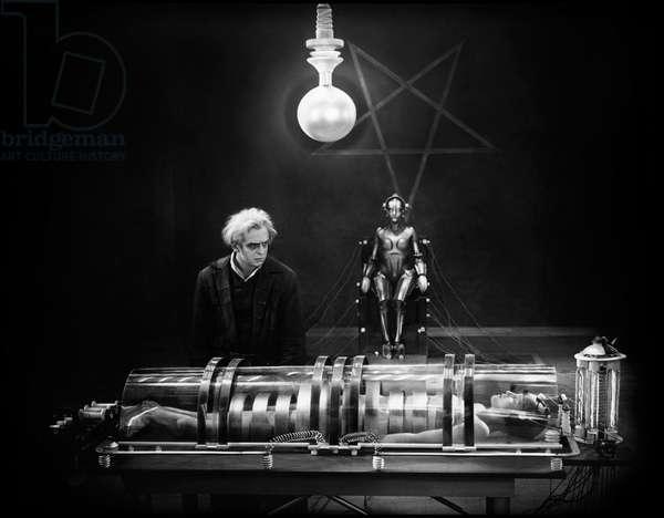 Rudolf Klein-Rogge And Brigitte Helm