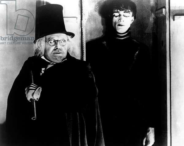 Das kabinet des doktor Caligari - Le cabinet du docteur Calagari 1920 directed by Robert Wiene; Decla-Bioscop; Werner Krauss; Conrad Veidt; Expressionnisme allemand; d'apres une idee de Fritz Lang