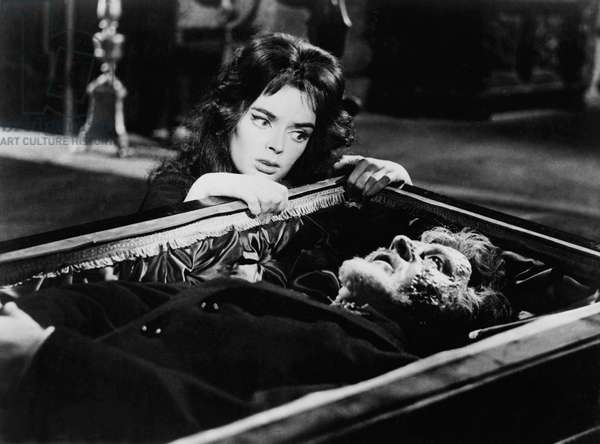 La maschera del demonio - Black Sunday - Le masque du demon 1960 directed by Mario Bava (photo); Galatea Film / Jolly Film; Barbara Steele