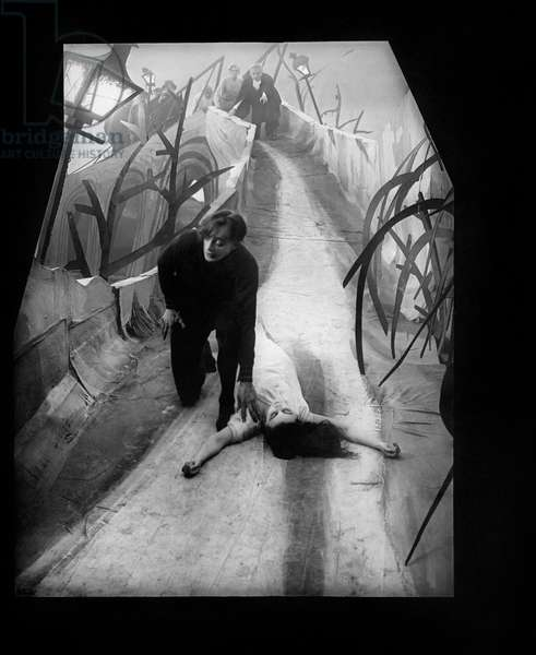 Conrad Veidt And Lil DagoverD'Apres Une Idee De Fritz Lang, Das Kabinet Des Doktor Caligari 1920 Directed By Robert Wiene