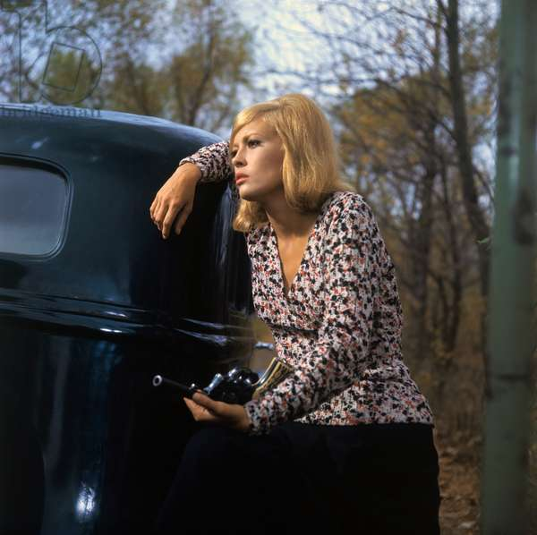 Faye Dunaway, Bonnie And Clyde 1967 Directed By Arthur Penn