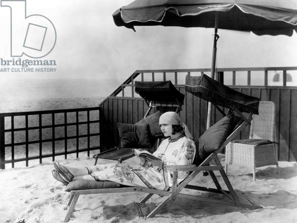 Pola Negri (1897 - 1987), Born In Poland 'Appolonis Chalupek', Relaxing On The, ' Beach'