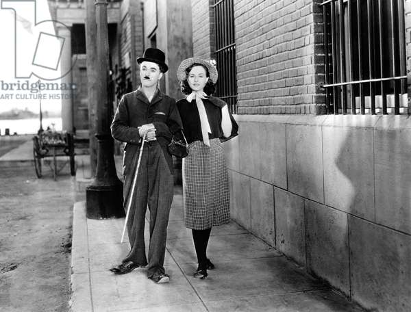 Charles Chaolin And Paulette Goddard