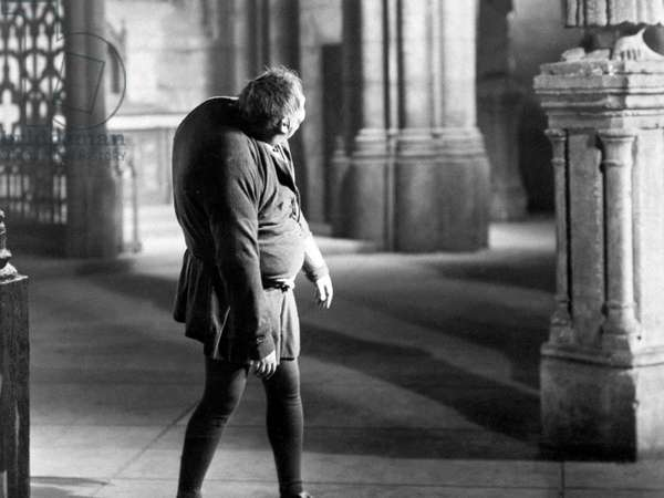 The Hunchback of Notre Dame directed by William Dieterle, 1939