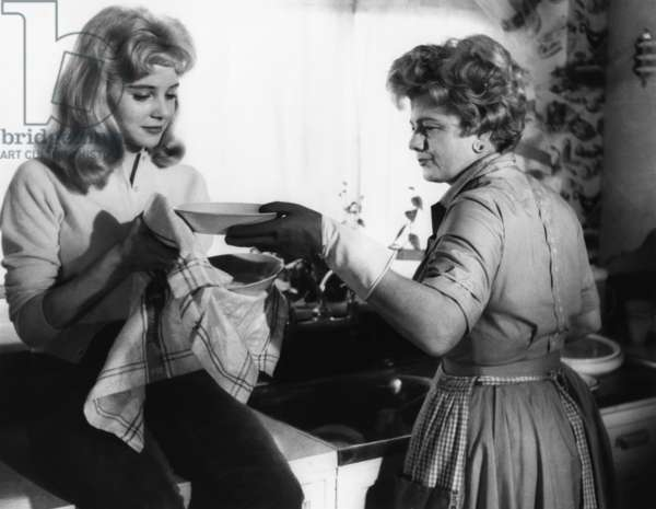 Sue Lyon And Shelley Winters