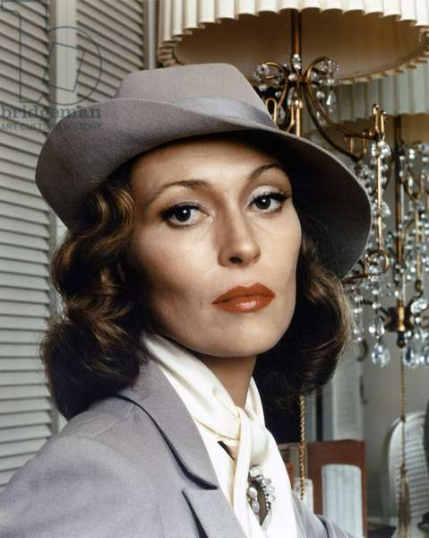 Faye Dunaway in 'Chinatown', directed by Roman Polanski, 1974 (photo)