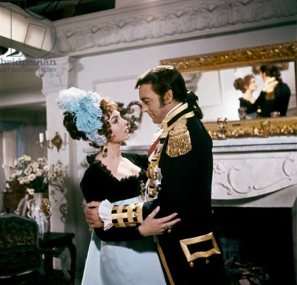 LES AMOURS by LADY HAMILTON, 1968 directed by CHRISTIAN-JAQUE Michele Mercier and Richard Johnson (photo)
