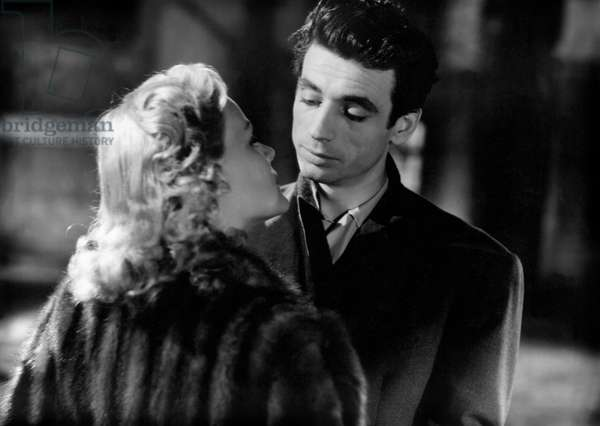 Nathalie Nattier And Yves Montand