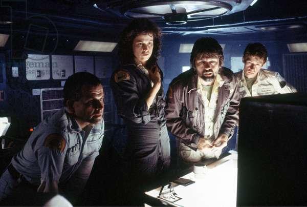 Ian Holm, Sigourney Weaver, Tom Skerritt And John Hurt., Alien 1979 Directed By Ridley Scott