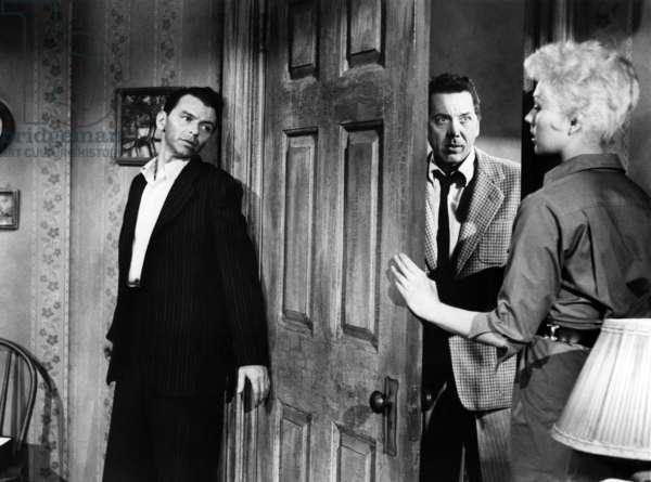 L'Homme au bras d'or THE MAN THE GOLDEN ARM par Otto Preminger avec Frank Sinatra, John Conte et Kim Novak, 1955 (photo b/w)