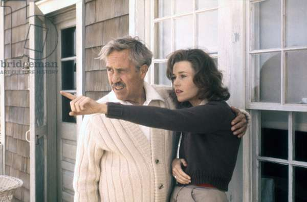 Julia 1977 directed by Fred Zinnemann (photo); Twentieth Century Fox Pictures; Jane Fonda; Jason Robards