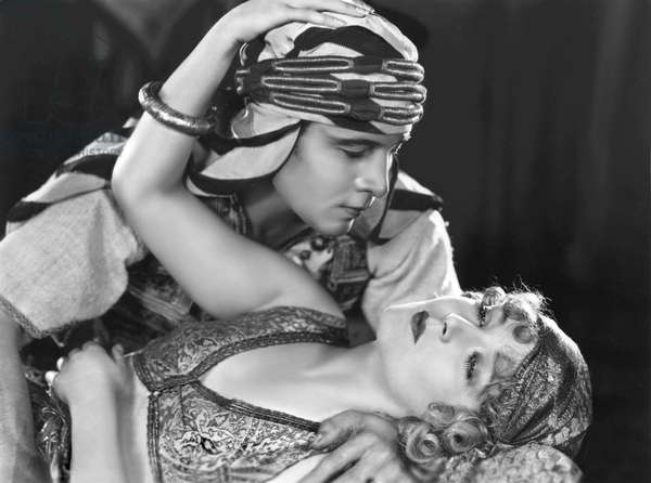 Rudolph Valentino And Vilma Banky