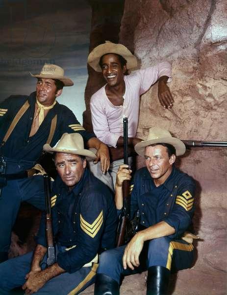 Dean Mart Peter lawford, Sammy Davis, Jr. and Frank Sinatra. SERGEANTS 3 directed by JOHN STURGES (photo)