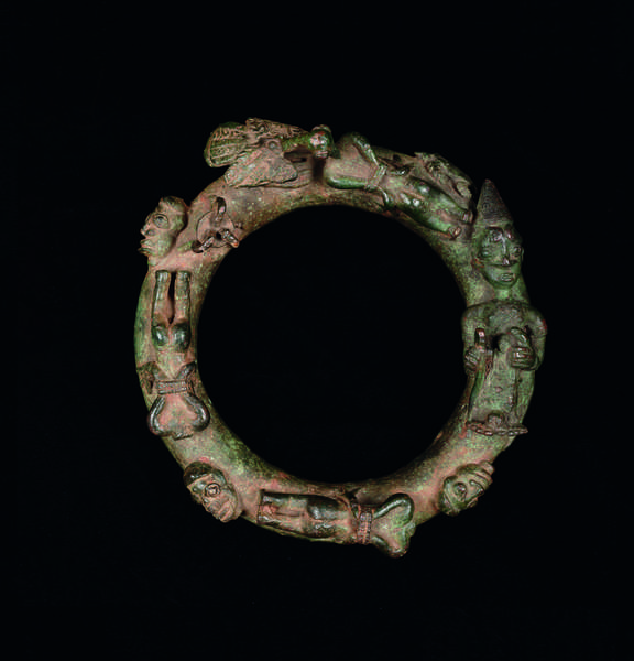 Ring depicting ritual sacrifice, 16th–18th century (cast copper alloy)