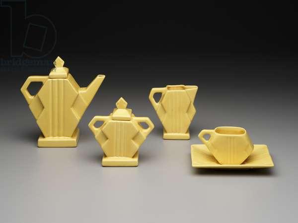 """""""Square Modern"""" tea set, 1925 (earthenware)"""