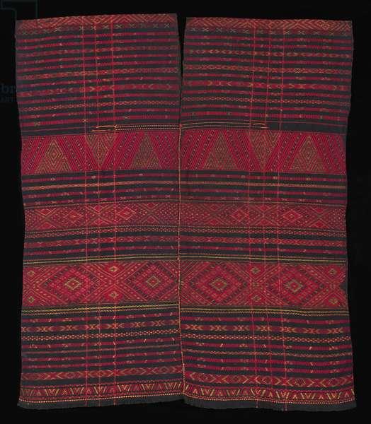 "Man's ceremonial long tunic (""sonteng krang""), c.1910-1940 (handspun cotton, all-natural dyes, supplemental weft patterning)"