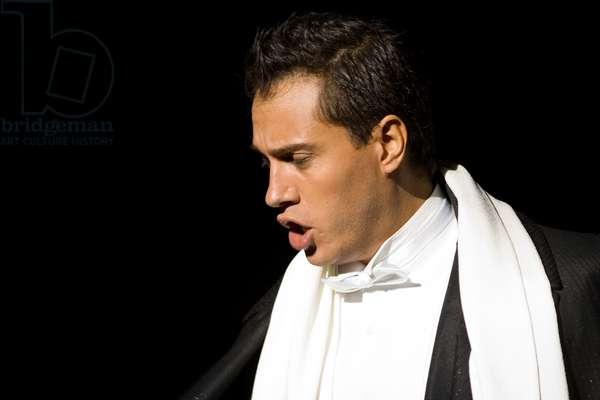 Portrait of Erwin Schrott as Don Giovanni (photo)