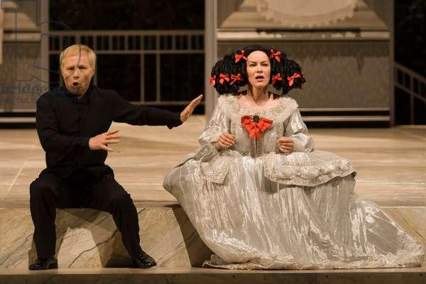Astrid Weber as Donna Clara and Peter Bronder as der zwerg (photo)
