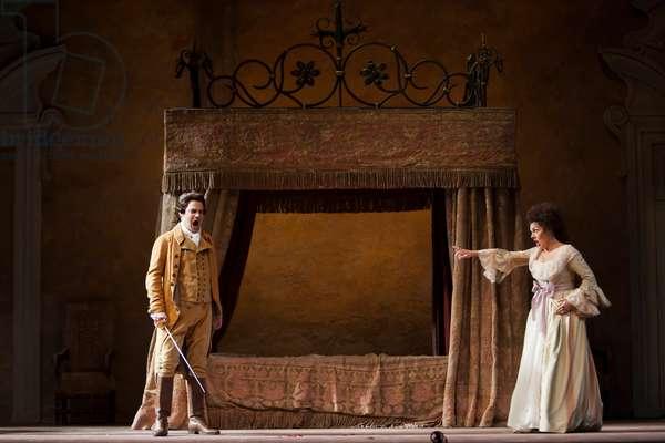Paul Armin Edelmann as Count Almaviva and Yolanda Auyanet as Countess Almaviva (photo)