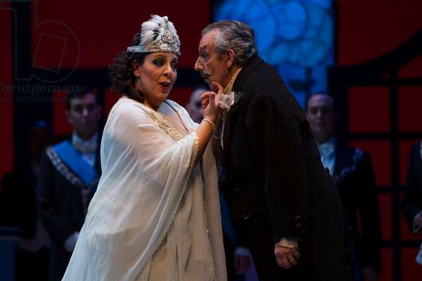 Carlos Chausson as Don Magnifico and Marianna Pizzolato as Angelina (photo)