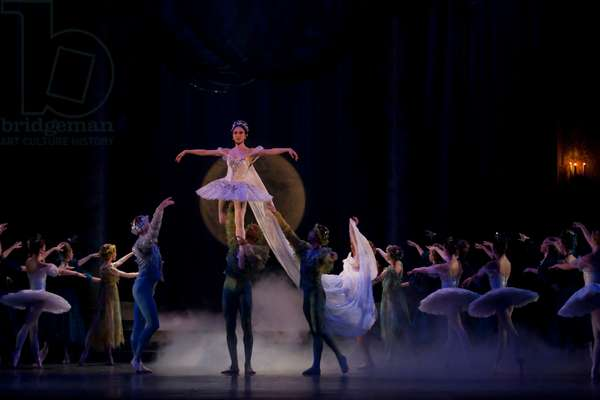 Prokofiev's Cinderella performed by the English National Ballet (photo)
