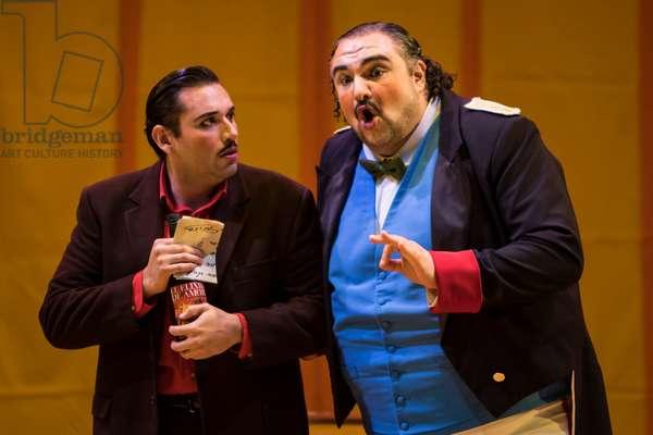 Kiril Manolov as Doctor Dulcamara and Joshua Guerrero as Nemorino (photo)