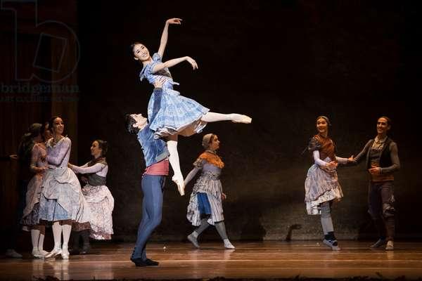 Haruhi Otani as Giselle and Alessandro Riga as Albrecht, Teatro de la Maestranza, Seville, Spain, 2021 (photo)