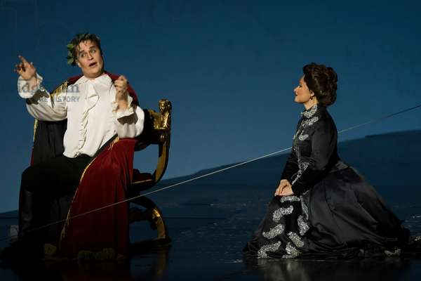 Lawrence Zazzo as Julius Cesare, Marina Rodríguez - Cusi as Cornelia (photo)