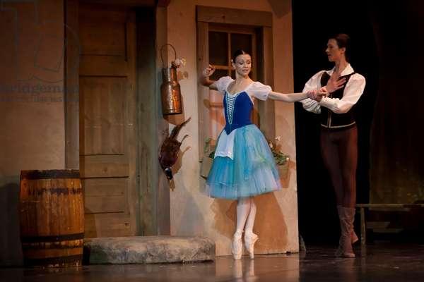 Elza Leimane-Martirova as Giselle and Raimnods Martinovs as Count Albrecht (photo)
