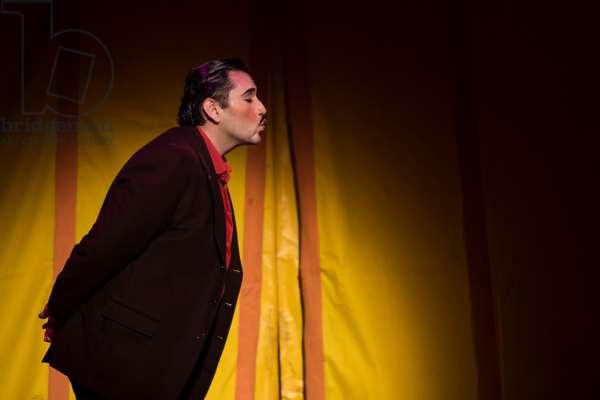Joshua Guerrero as Nemorino (photo)