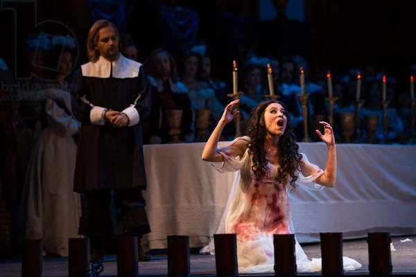 Leonor Bonilla as Miss Lucia and Mirco Palazzi as Raimondo Bibedent in the opera 'Lucia di Lammermoor', rehearsal at Teatro de la Maestranza, October 2018 (photo)