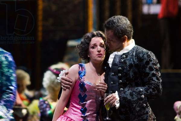 Erwin Schrott as Don Giovanni and Raquel Lojendio as Zerlina (photo)