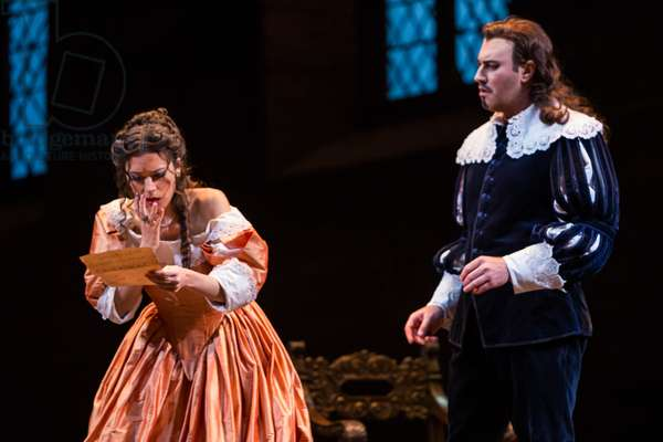 Leonor Bonilla as Miss Lucia and Vitaliy Bilyy as Lord Enrico Ashton in the opera 'Lucia di Lammermoor', rehearsal at Teatro de la Maestranza, October 2018 (photo)