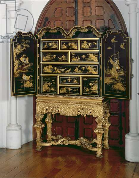Lacquer Cabinet, William and Mary Period (lacquered wood)