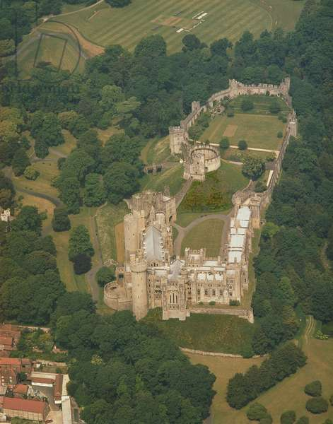 Aerial view of Arundel Castle, showing the South Front, the Motte, the Keep and the Lower and Upper Baileys (photo)