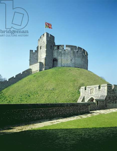 Motte and Keep at Arundel Castle, 11th-12th century (photo)
