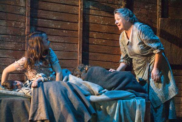 Sorcha Cusack [right] playing Ma Joad in The Grapes of Wrath by John Steinbeck, Chichester Festival Theatre, July 2009. Directed by Jonathan Church.