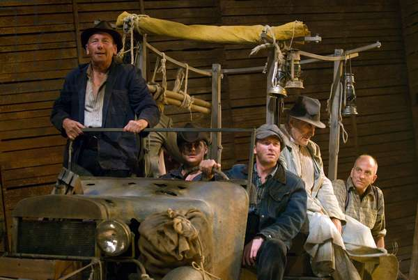 Scene from The Grapes of Wrath, based on the novel by John Steinbeck. Chichester Festival Theatre, July 2009. Adapted by Frank Galati. Directed by Jonathan Church.