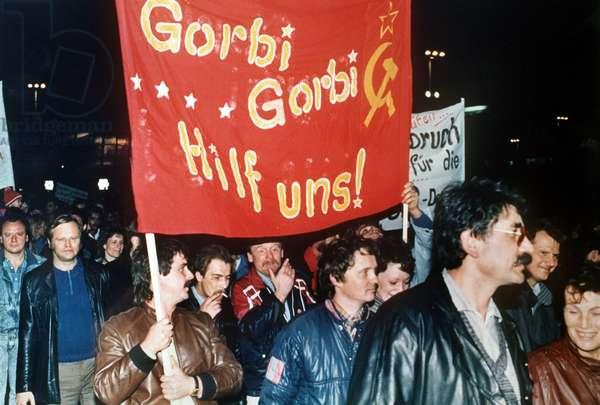 GDR - Demonstrations in Leipzig 1989 (photo)