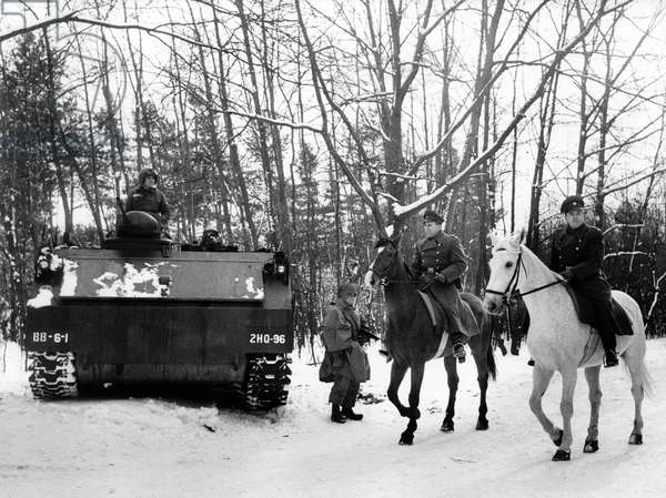 Manoeuvre of the US army in wintery Grunewald in Berlin