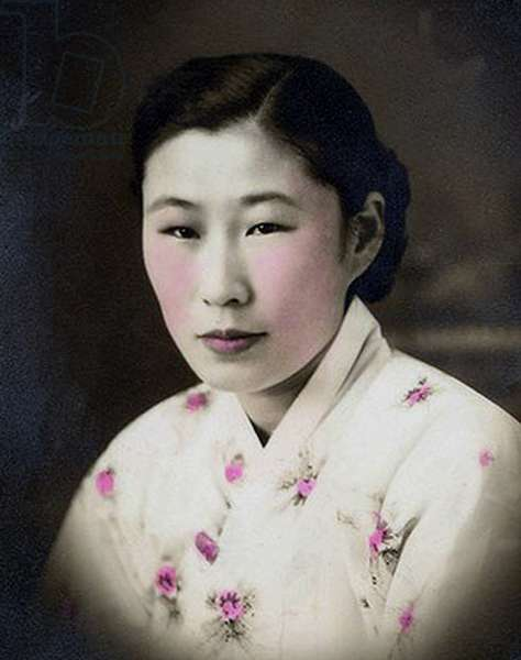 Korea / Japan: South Korean Kim Bok-dong (1922 - ) was taken from her home aged 14 years, and systematically abused as a ���comfort woman�۪ by the Imperial Japanese Army for 8 years