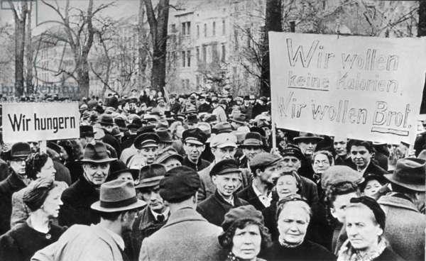 Hunger demonstrations 1947 in Dusseldorf