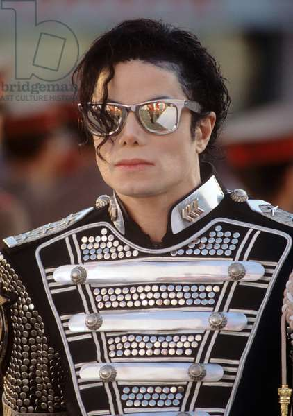 Michael Jackson on a set of a clip filming in Budapest in August 1994 (photo)