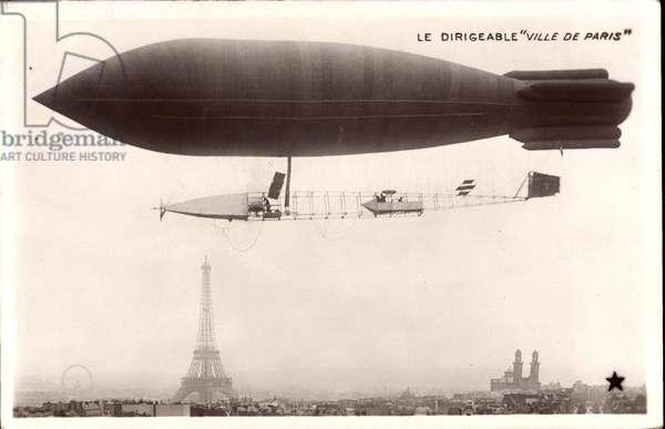 Paris, Le Dirigeable Ville de Paris, Tour d'Eiffel, Notre Dame, Riesenrad